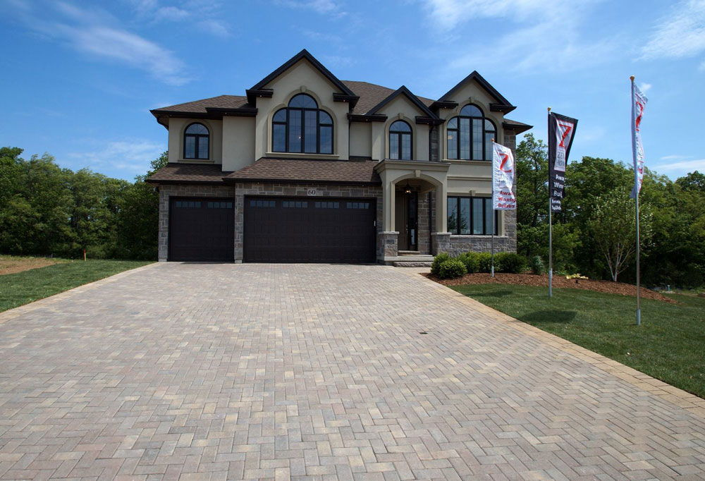 Zeina Homes located at Hamilton, Ontario