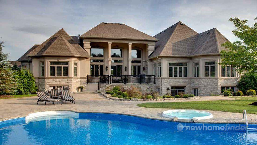 Stellar Homes located at Aurora, Ontario