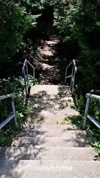 And headed down these stairs - this appears to be the trail head for this short walk